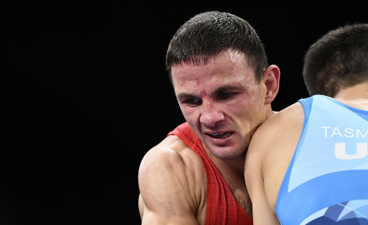 Ленур Темиров будет бороться за бронзу / фото REUTERS