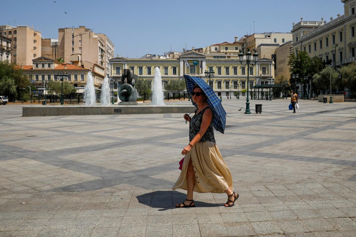 В Греции невакцинированным учителям сократят зарплату / фото REUTERS