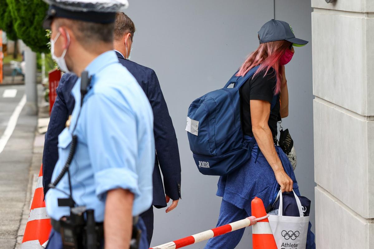 2 августа Тимановская прибыла в посольство Польши в Токио / Фото REUTERS