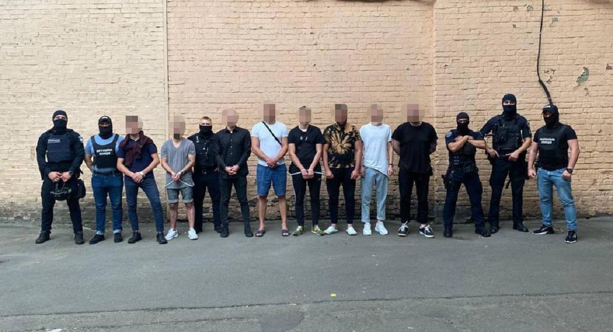 В целом преступная группировка ограбила около 150 иностранцев / фото facebook.com/kyiv.gp.gov.ua
