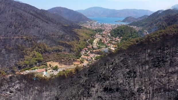 После пожара / фото BirGün