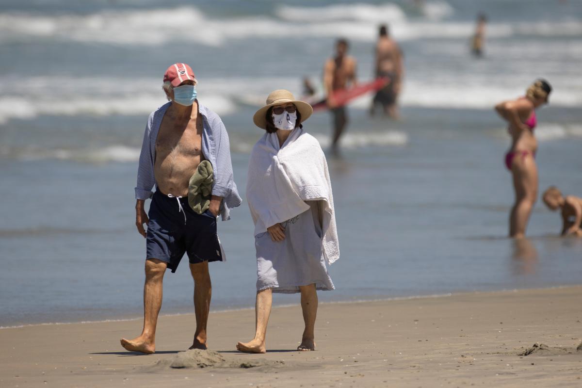 Кипр предложил привилегии вакцинированным туристам/ фото REUTERS