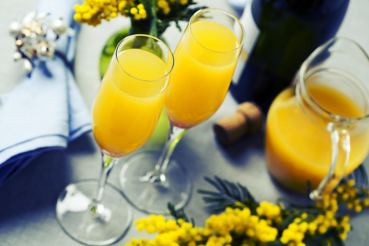Популярний коктейль для дівчат / depositphotos.com