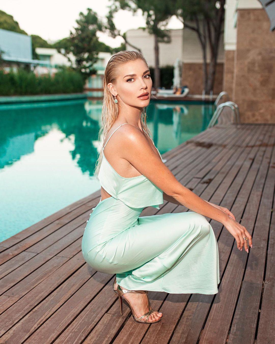 Мише Романовой - 31 / instagram.com/misharomanova