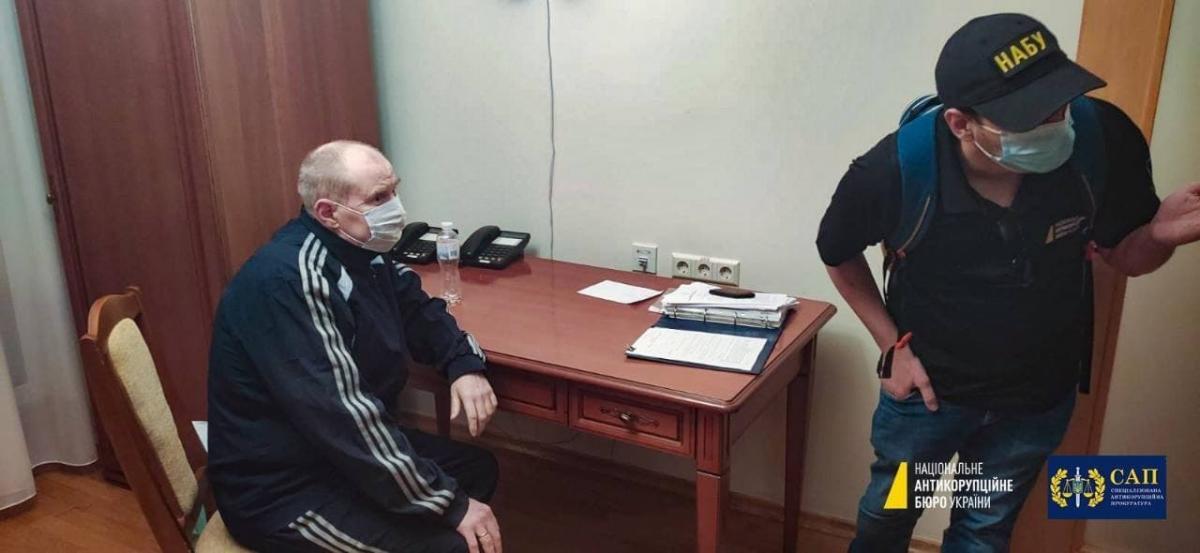 """Напередодні Чауса затримали в лікарні """"Феофанія"""" / фото прес-служба НАБУ"""