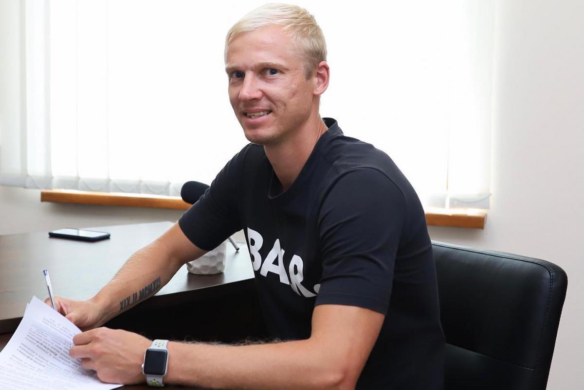 """Андрей Слинкин в начале июля этого года подписал контракт с """"Победой"""" / фото facebook.fcperemoga"""