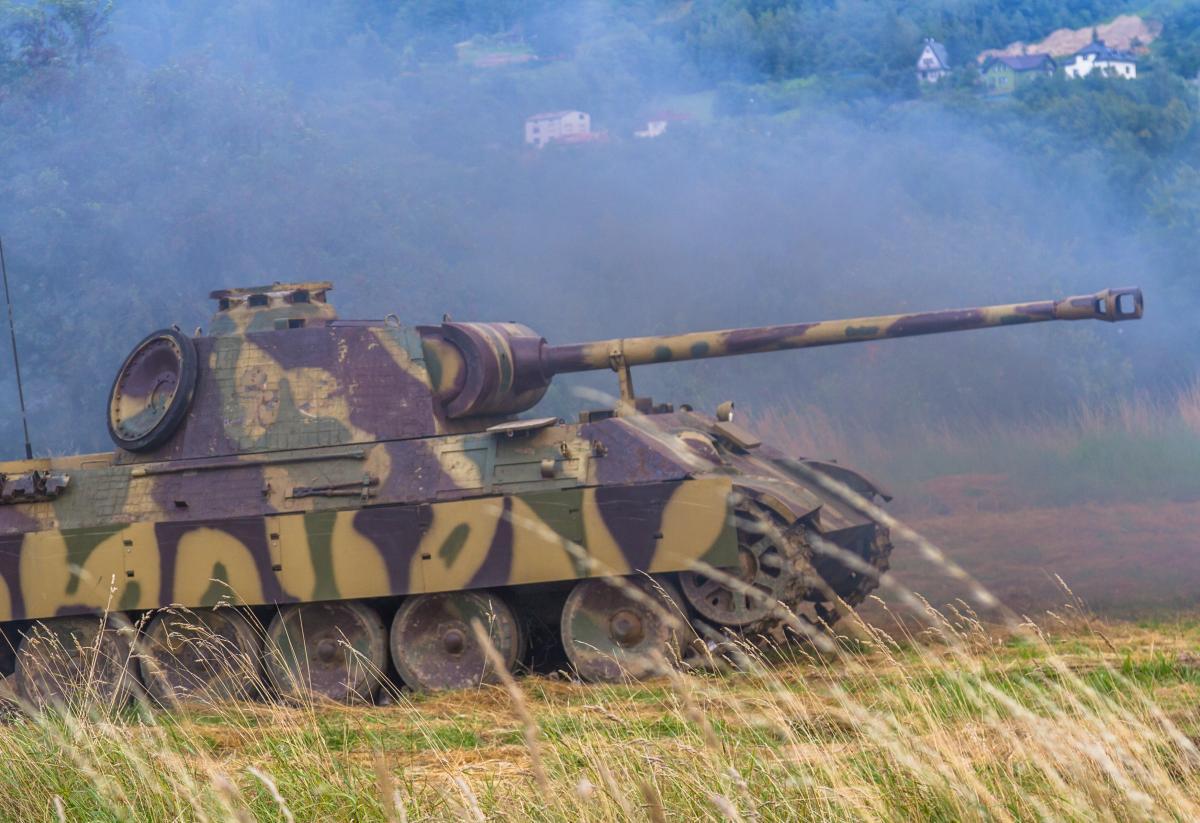 Суд постановил, что мужчина должен продать танк либо подарить - музею или коллекционеру / фото ua.depositphotos.com