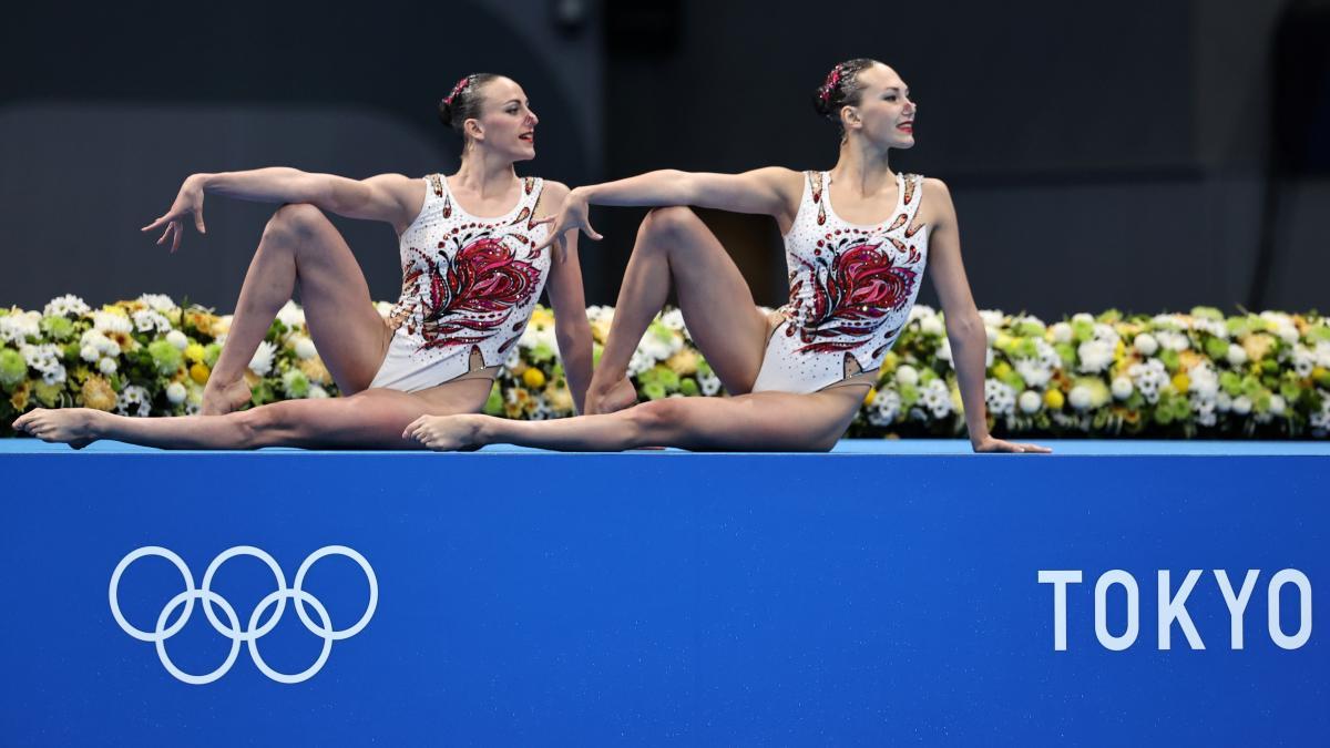 Марта Федіна та Анастасія Савчук / фото REUTERS