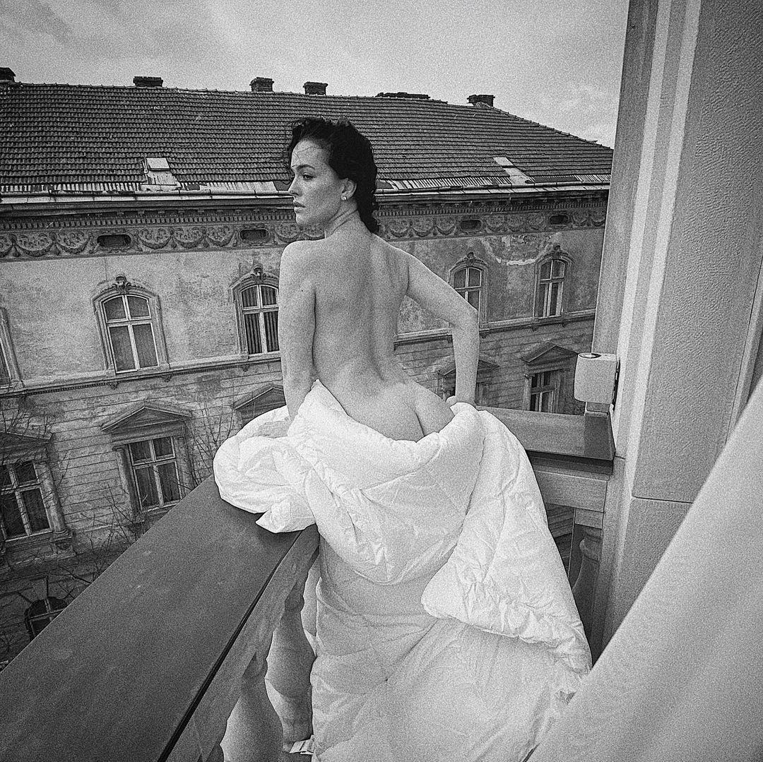 Даше Астафьевой - 36 / instagram.com/moi_sofism