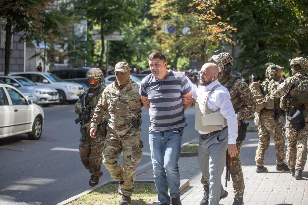 43-річний Володимир Прохнич погрожував підірвати гранату/ фото МВС