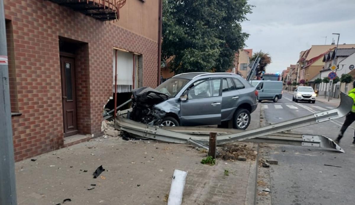Событие произошло около 5: 00 утра, поэтому в комнатах отдыхала семья / facebook.com/Komenda-Powiatowa-Policji-w-Międzychodzie