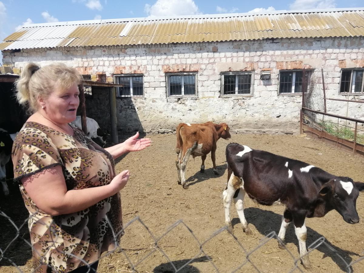 Фермер Ирина Баландина из Славного утверждает, что во время конфликта ни на день не прекращала работу / фото УНИАН