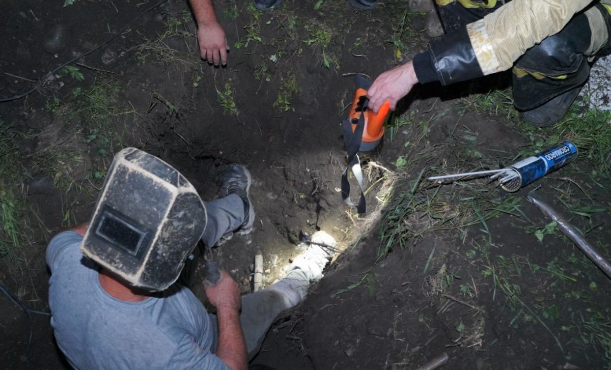 Причиной сбоя стал порыв подземной трубы, которая находилась в изношенном состоянии / фото alania.gov.ru