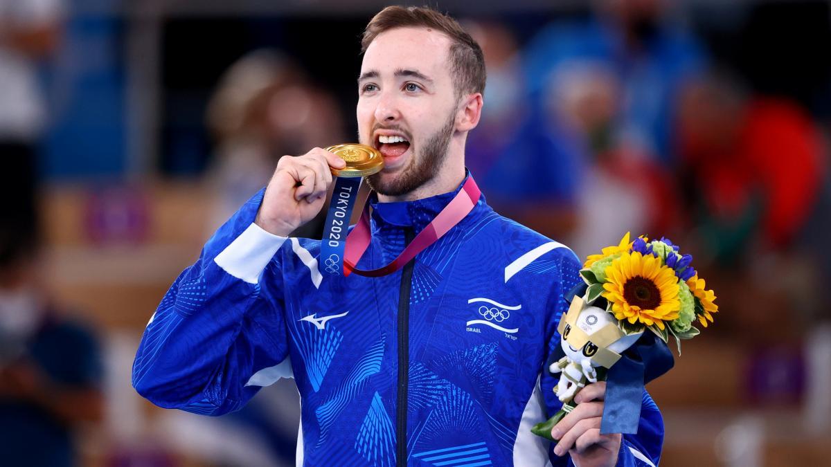 Артем Долгопят став олімпійським чемпіоном зі спортивної гімнастики / фото REUTERS