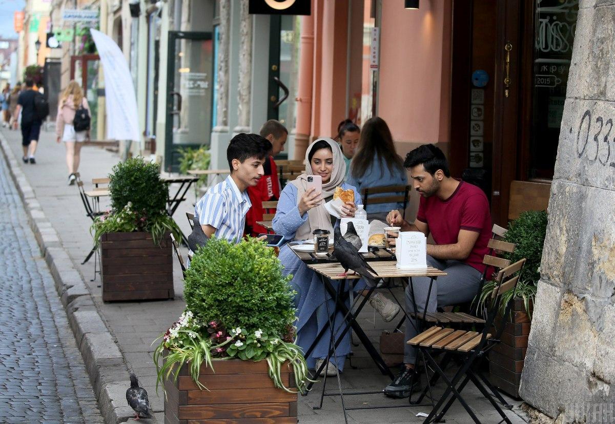 Арабские туристы в Украине / фото УНИАН (Евгений Кравс)