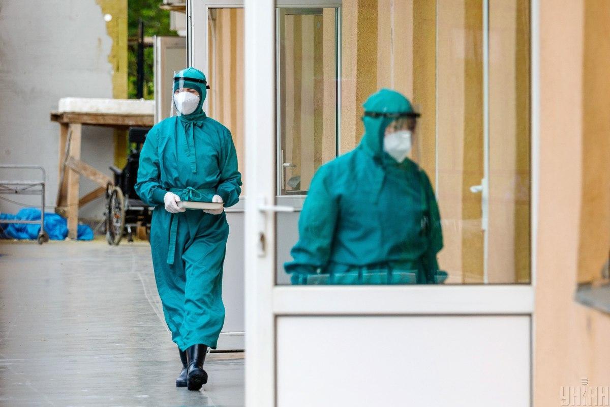 В мире растет количество новых больных коронавирусом \ фото УНИАН