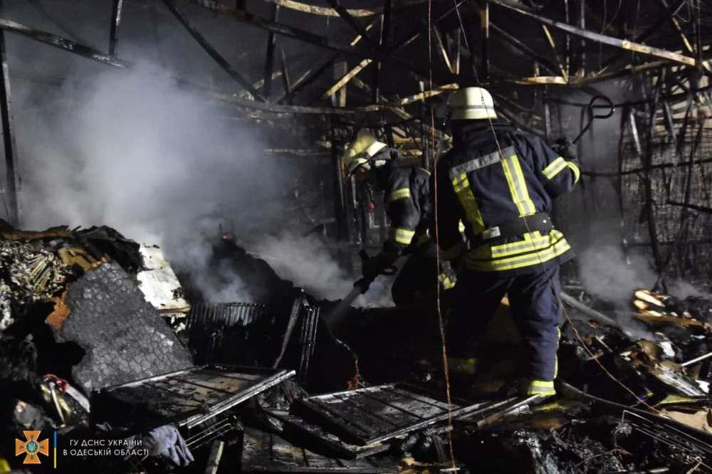 Часть помещений выгорела полностью / фото od.dsns.gov.ua