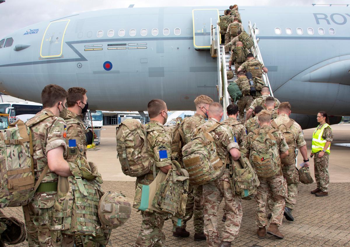 """Информация о """"захваченном самолете"""" не соответствует действительности / фото - REUTERS"""