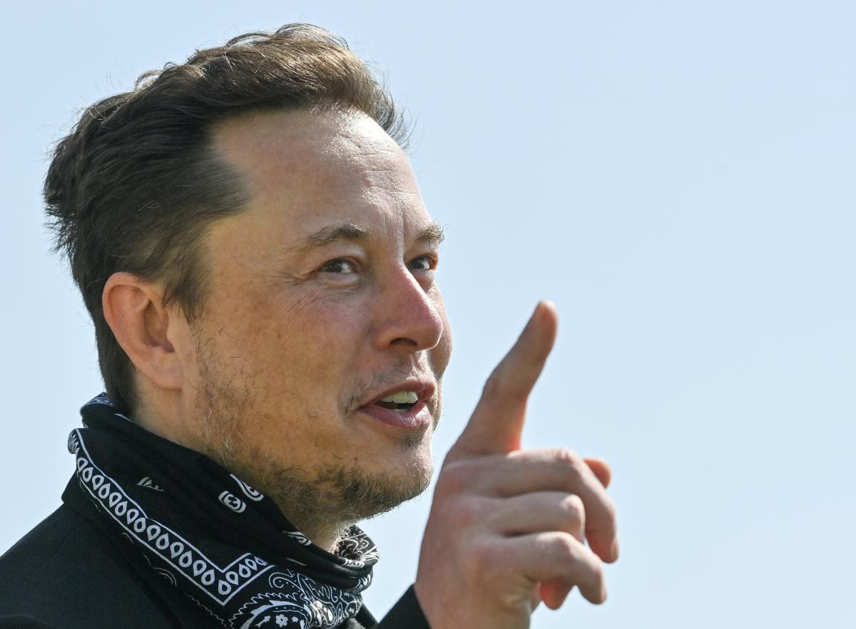 Илон Маск снова стал самым богатым человеком планеты по версии Forbes / фото REUTERS