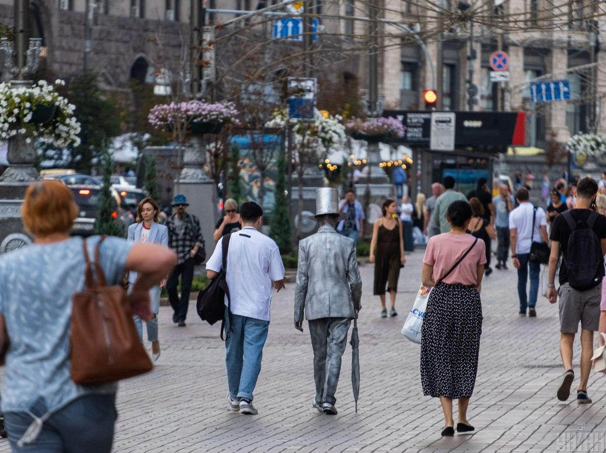 Определенные сферы экономики смогут работать во время карантинных ограничений, говорит Ляшко / фото УНИАН