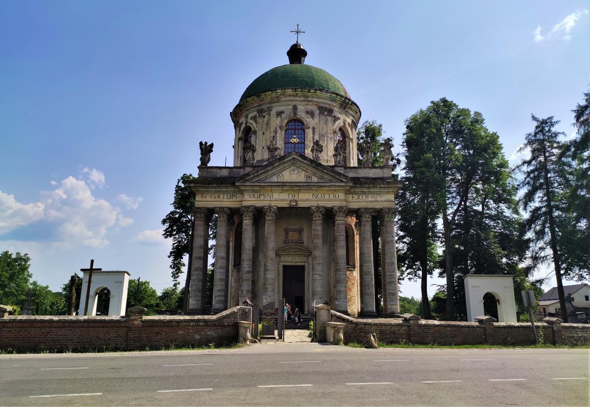 Костел святого Йосифа в селе Подгорцы / фото Марина Григоренко