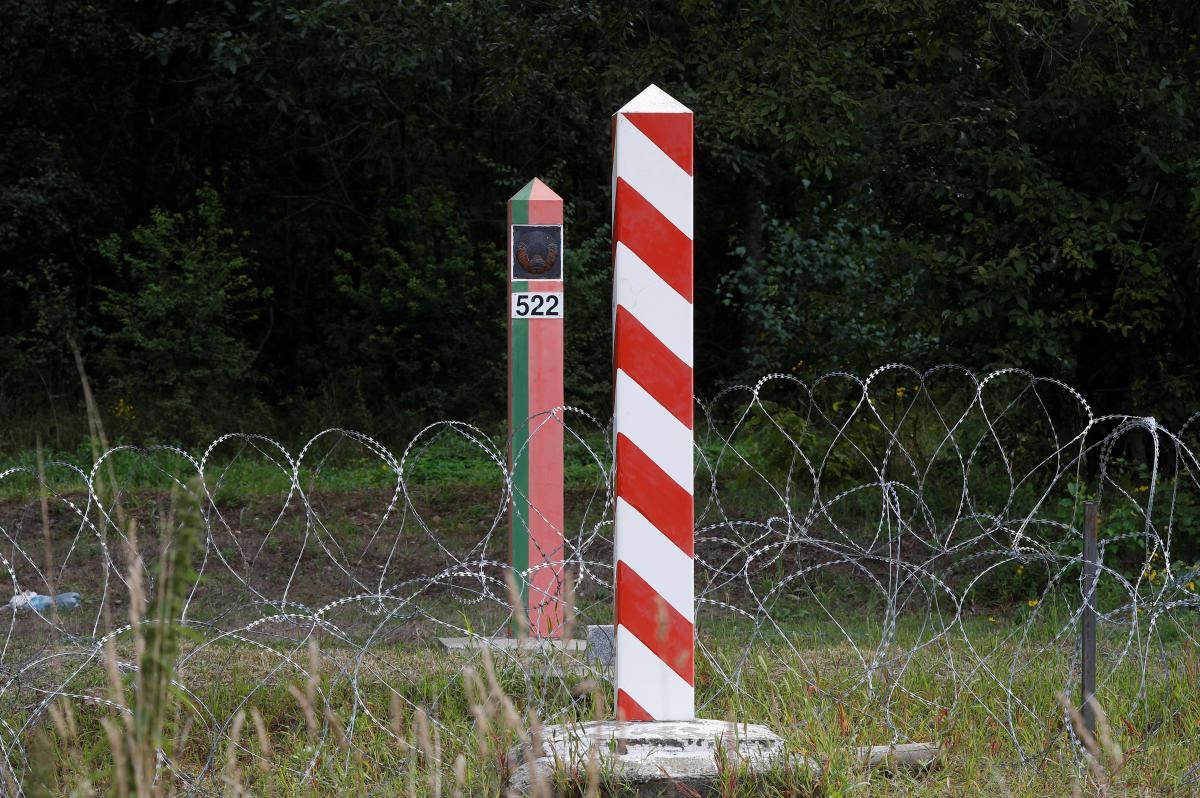 Патруль білоруської служби стріляв у напрямку солдатів Польського війська \ фото REUTERS