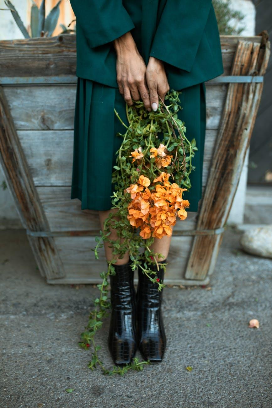 Модні спідниці на осінь 2021 / pexels.com