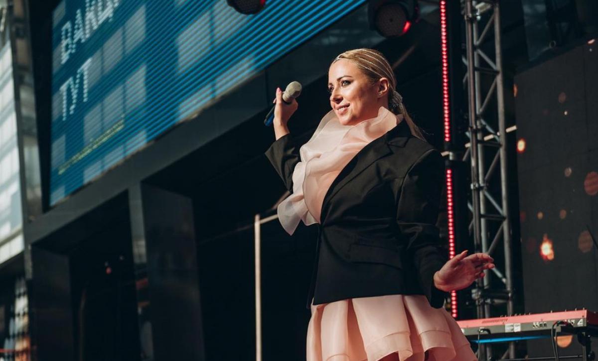 Певица Тоня Матвиенко получила орден За развитие Украины