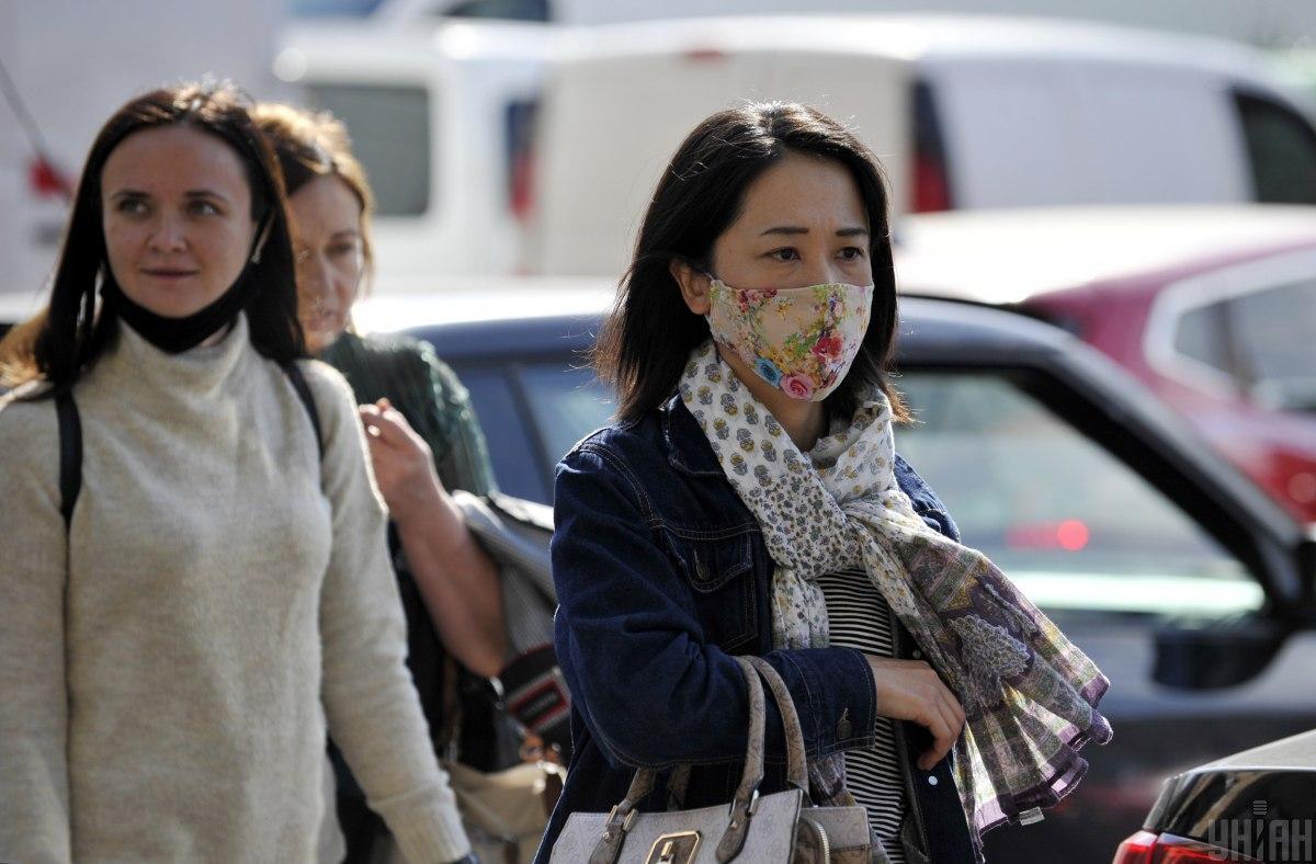 В Украине рост новых COVID-случаев: за сутки заболели 3332 человека / фото УНИАН, Сергей Чузавков