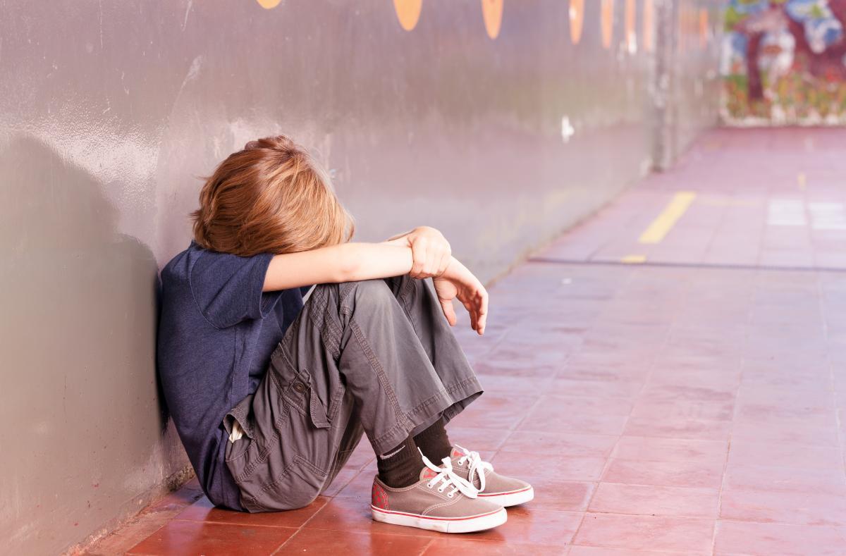 У школі на Дніпропетровщині дитина під час уроку отримала удар у скроню, а вчитель їй не надав допомогу, повідомили умережі / ілюстративне фото ua.depositphotos.com