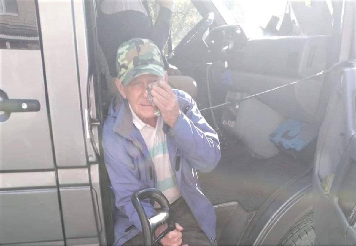 """Водитель ударил пожилого мужчину ногой в живот, а затем дверью по лицу / фото """"Запорожье / ХЗП"""""""