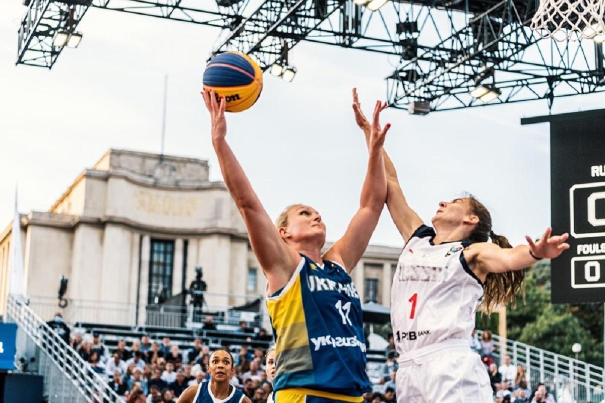 Украинские баскетболистки вышли в плеф-оф ЧЕ по баскетболу 3х3 / фото fbu.ua