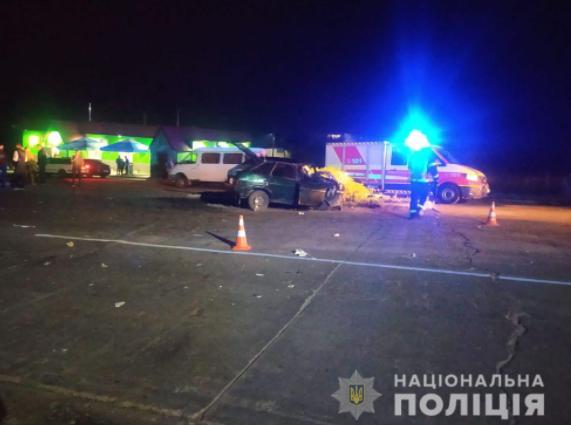 На Сумщине легковое автостолкнулось с грузовиком, пострадали трое детей / фото su.npu.gov.ua