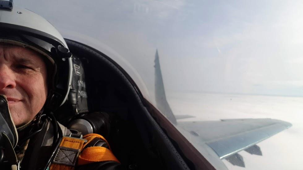 Але в НАТО льотчик сам відповідає за свою підготовку, а у нас за льотчика розписується його безпосередній керівник, потім ще начальник... / Фото, надане спікером