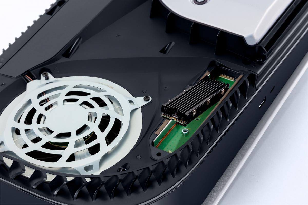 З завтрашнього днявласники PS5 зможуть розширювати пам'ять консолі за допомогою SSD-накопичувача / скріншот