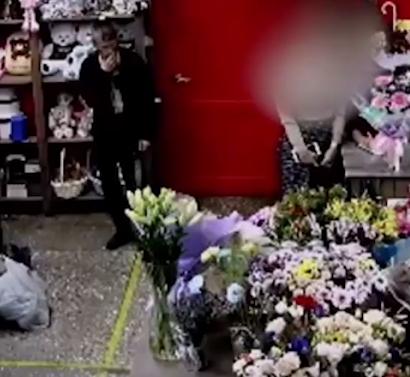 """У російському місті орудує """"спідничний маніяк"""", з'ясували журналісти / Скріншот"""