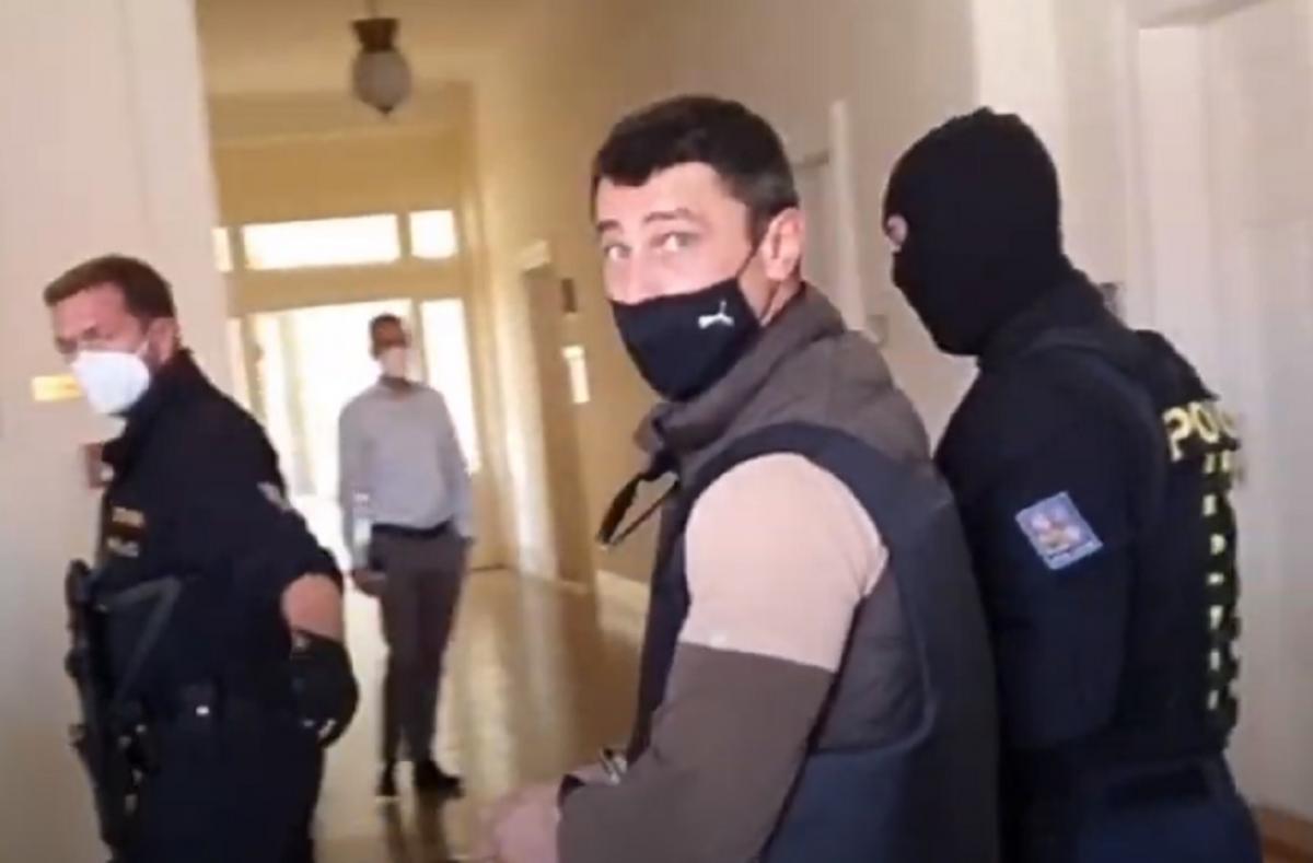У Франчетти – вид на жительство в Чехии, что, впрочем, не помешало РФ выразить ноту протеста в связи с арестом этого гражданина / Скриншот