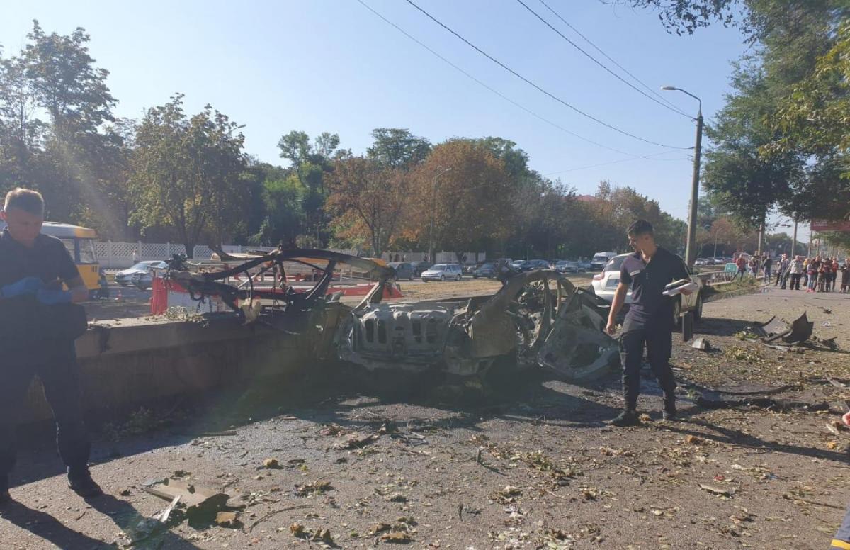 В Днепре взорвался автомобиль / фото npu.gov.ua