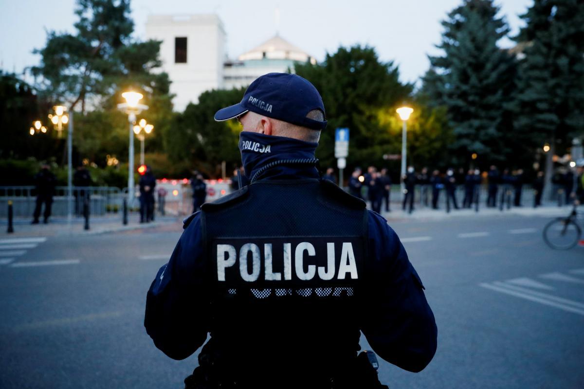 В Польше арестовали мужчину, избившего украинцев 8и 10 лет / фото REUTERS