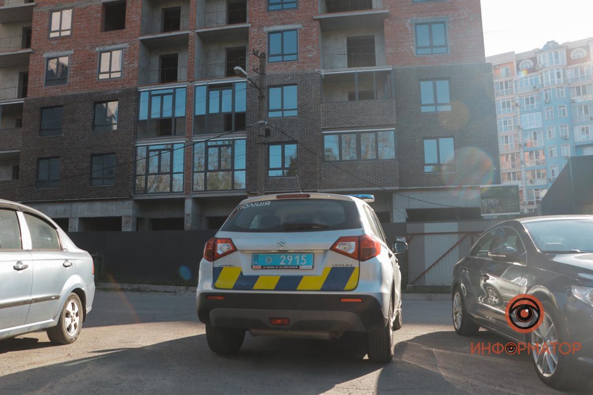 Тело мужчины обнаружили возле стройки / фото: Информатор Днепр
