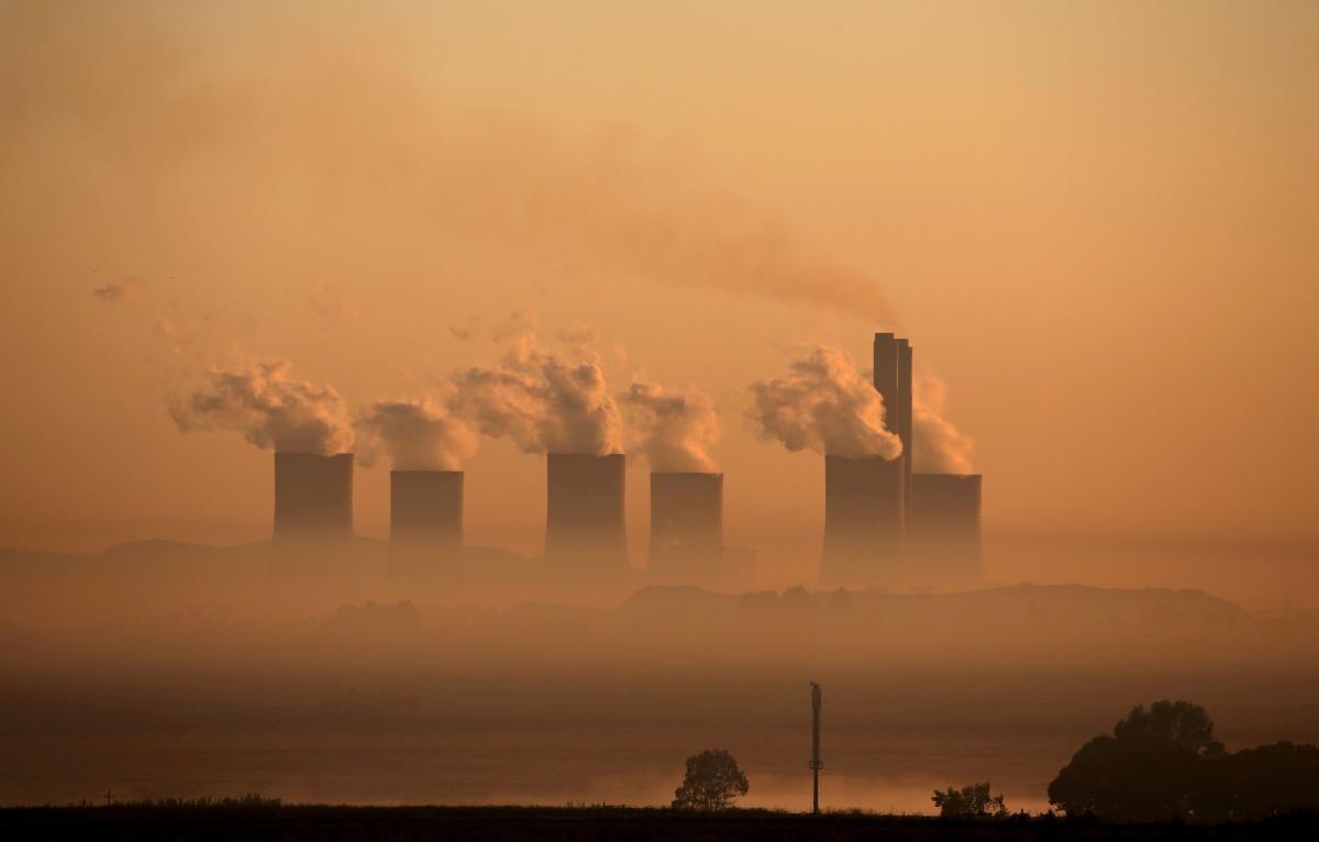 Все страны должны добиться нулевых выбросов к 2050 году / фото REUTERS