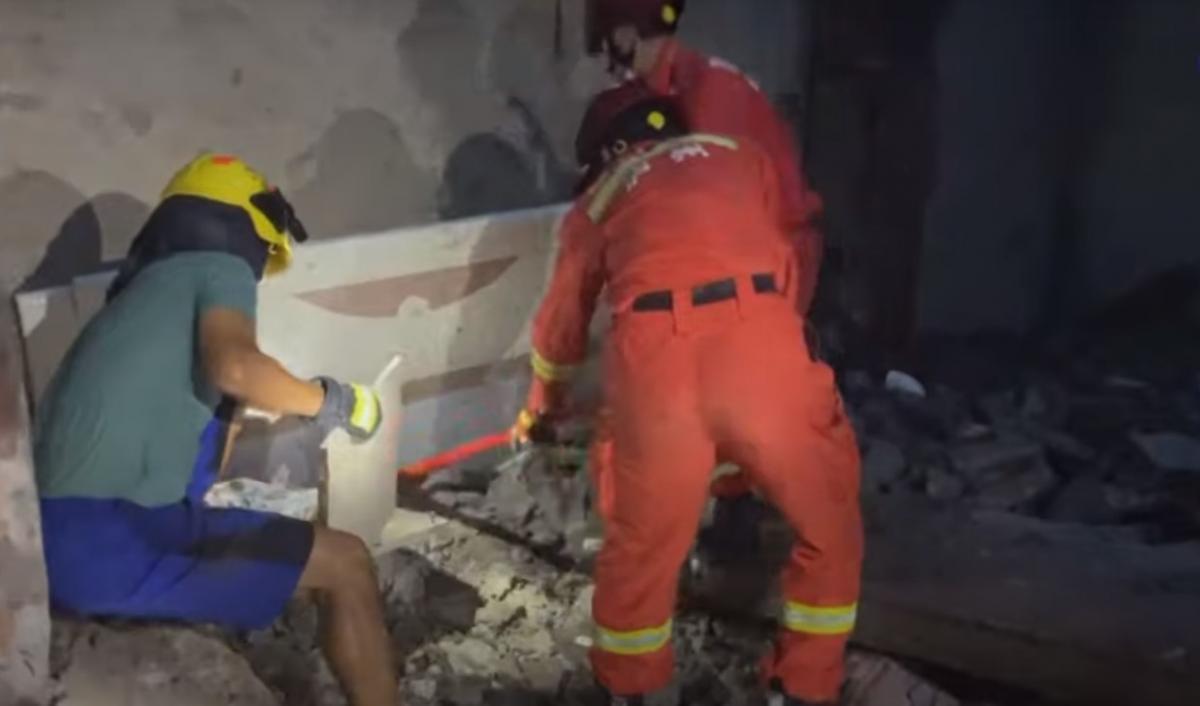 Вчера в Китае произошло сильное землетрясение / скриншот видео