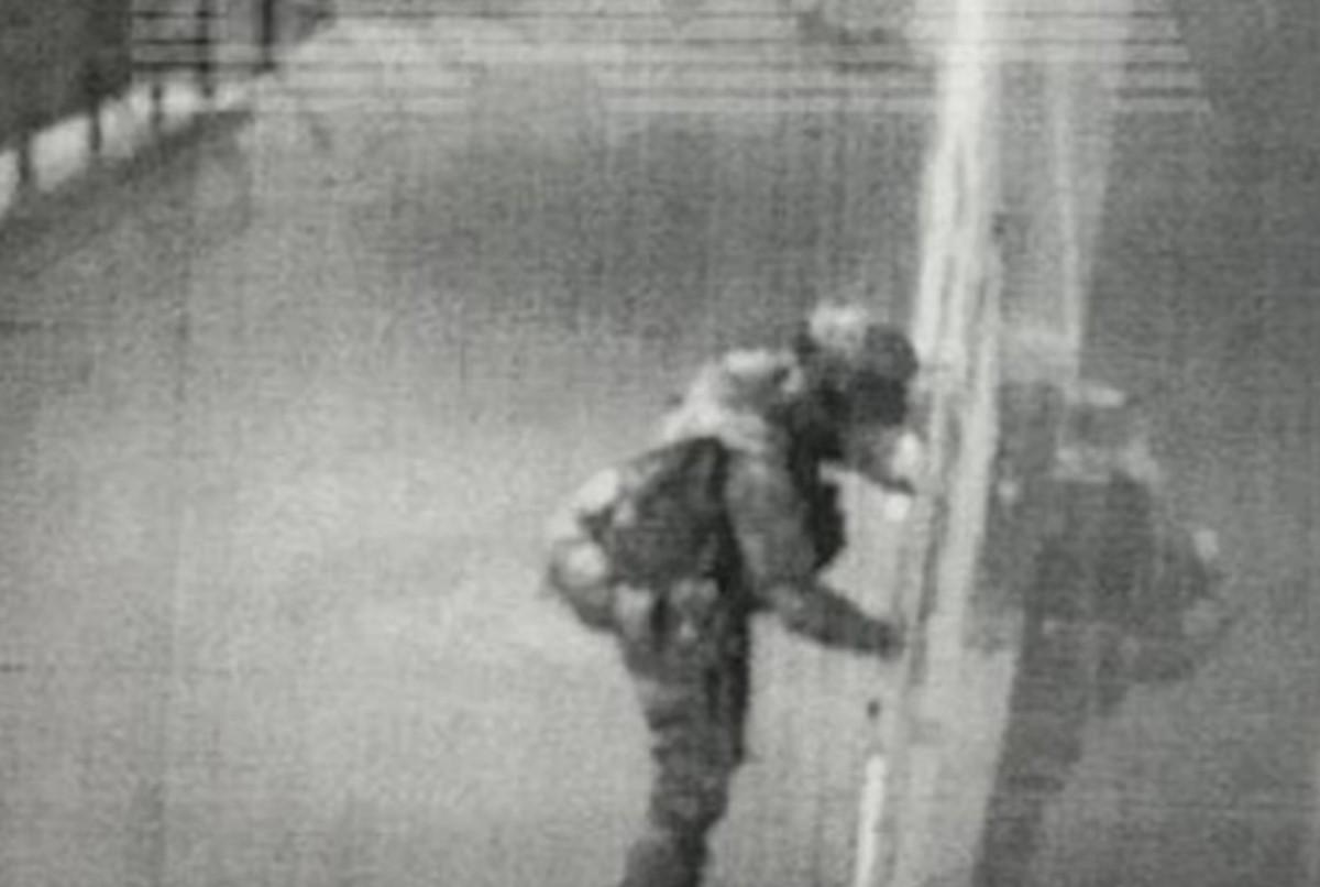 Преступник скрывался в 90 километрах от дома/ фото t.me/bazabazon