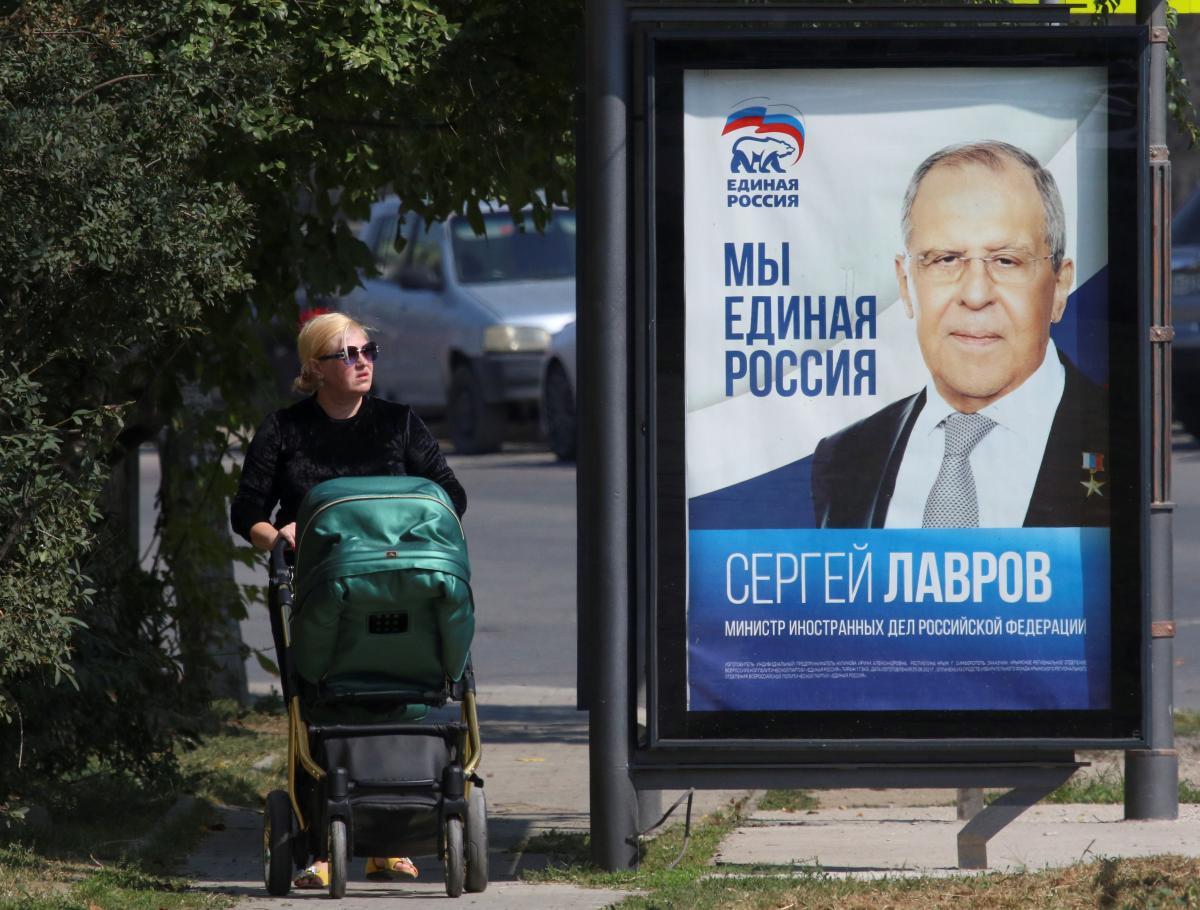 По подсчетам оккупантов, в Крыму в первый день голосования явка составила 21,15% / Фото: REUTERS