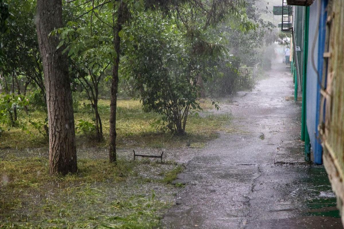 Одесу накрила потужна злива / фото Думська