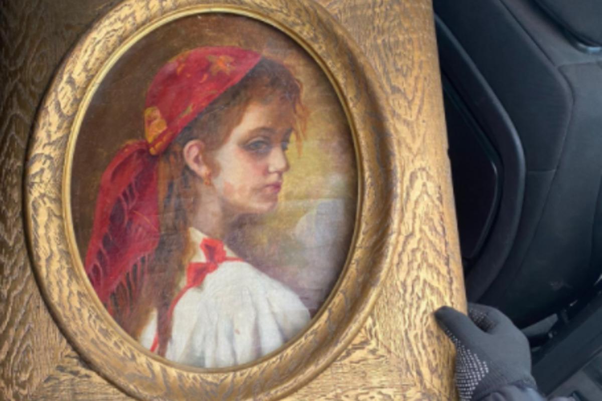 Из Украины пытались вывезти старинную картину / фото facebook.com/Izmpz