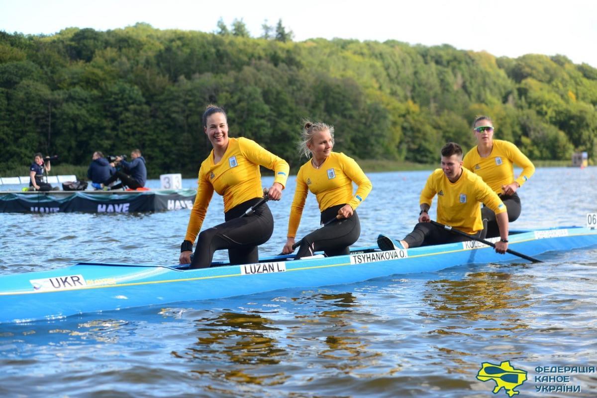 Жіноча збірна України / фото ukraine-canoe.org