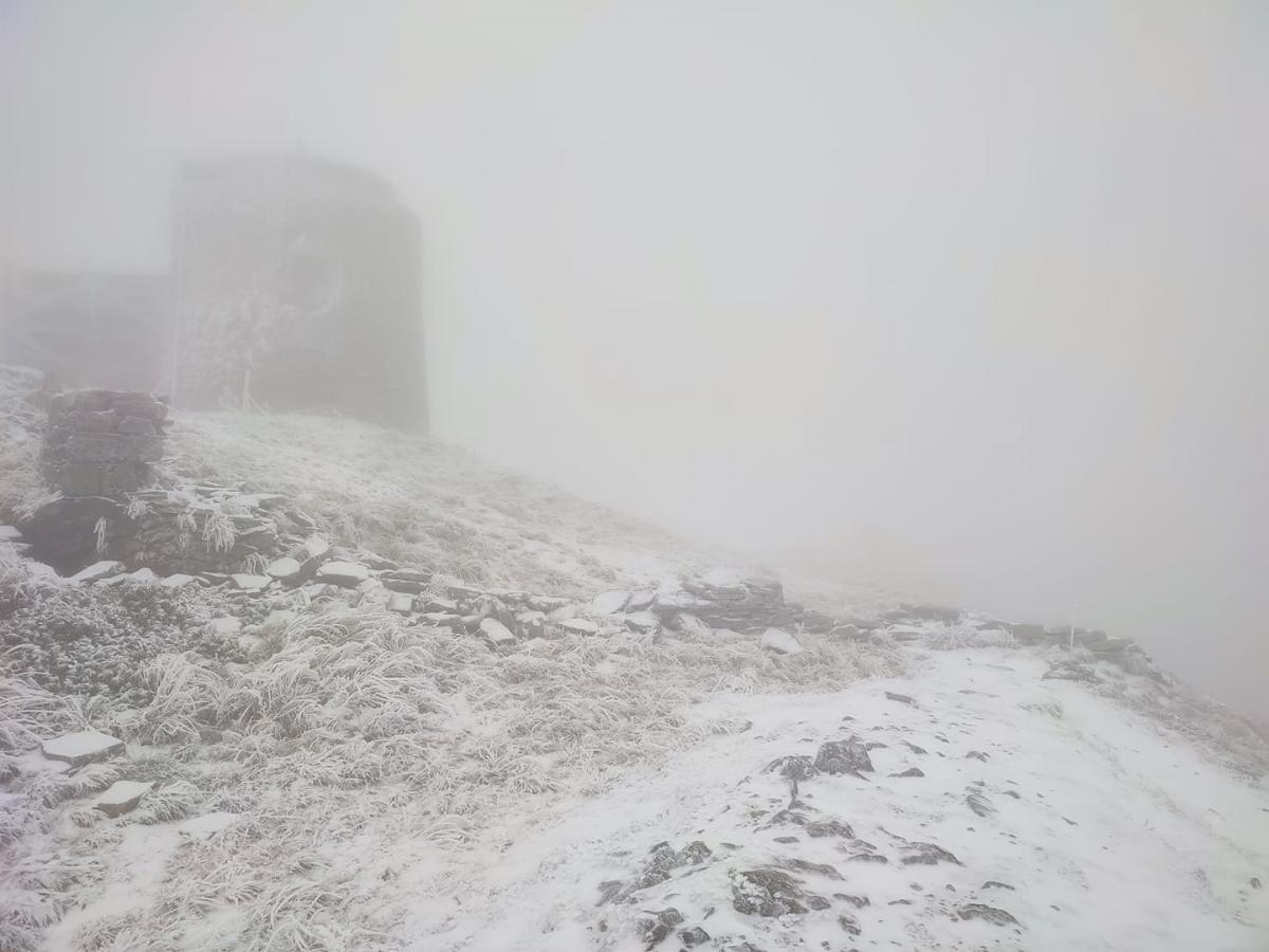 У Карпатах пішов сніг / фото facebook.com/chornogora.rescue