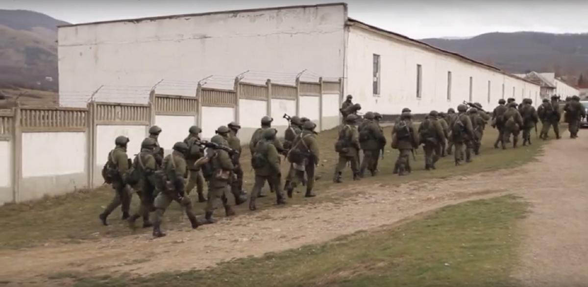 В марте военные РФ окружили по периметру и заблокировали военную часть А2320 / gp.gov.ua