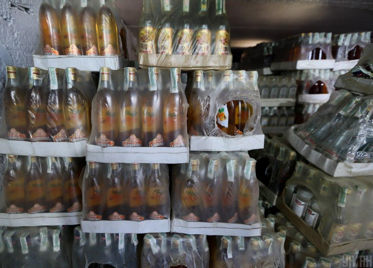 В Украине хотят добиться, чтобы запрет на продажу алкоголя в Киеве ночью был отменен / иллюстративное фото УНИАН